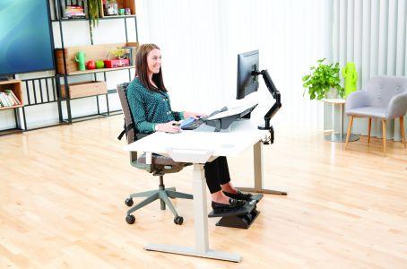 Rozwiązania ergonomiczne: co zrobić, aby praca z komputerem była zdrowa, przyjemna i wydajna?